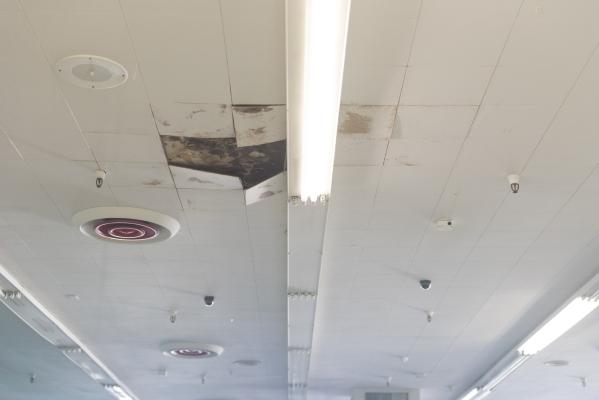 A leak in the ceiling at Huntridge Pharmacy & Soda Fountain in Las Vegas is seen Friday, Nov. 6, 2015. Jason Ogulnik/Las Vegas Review-Journal