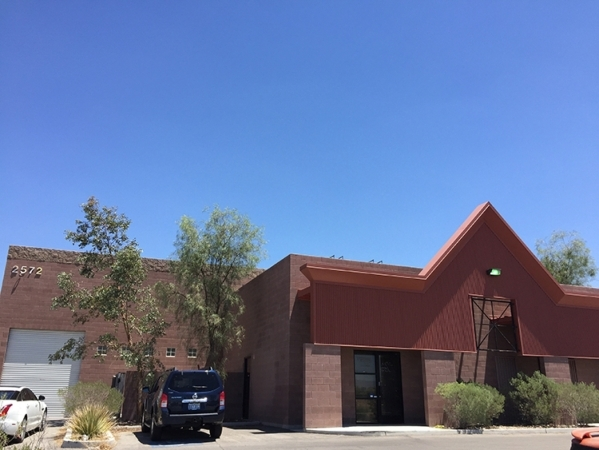R Dog House LLC purchased 5,390 square feet of industrial space, which also includes a 9,900 square-foot secured yard, at 2572 Abels Lane in Las Vegas. (Courtesy Colliers International)