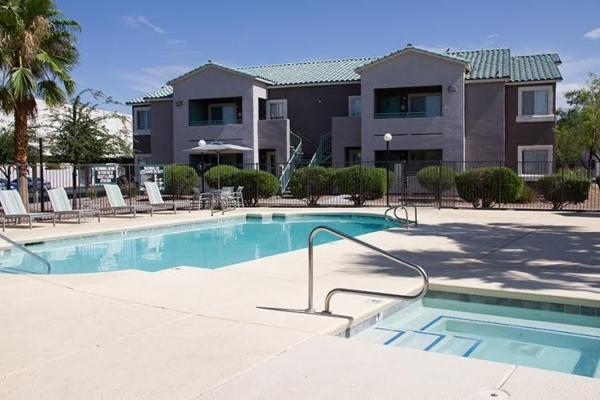 Veneto Sorrento GP LLC has purchased the 236-unit multi-family apartment complex called Casa Sorrento for $13.75 million. (Courtesy Colliers International)