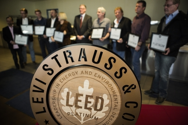 Levi Strauss & Company honored employees stand for photo with Henderson Mayor Andy Hafen at the  Levi Strauss & Company's Sky Harbor Distribution Center, 501 Executive Airport Drive, ...