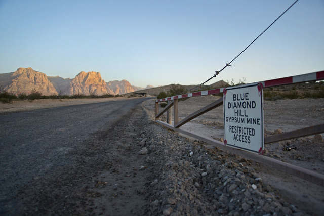 A road leads to the Blue Diamond Hill Gypsum mine near the town of Blue Diamond on Wednesday morning, Aug. 10, 2016. Daniel Clark/Las Vegas Review-Journal Follow @DanJClarkPhoto