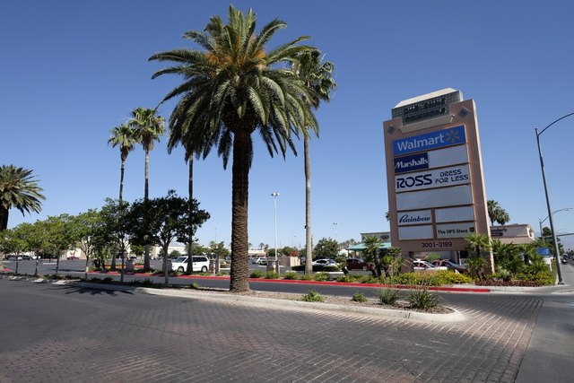 Cheyenne Commons at Cheyenne and Rainbow boulevards is among 38 Southern Nevada commercial properties with loan refinancing issues. Ulf Buchholz/Las Vegas Business Press.