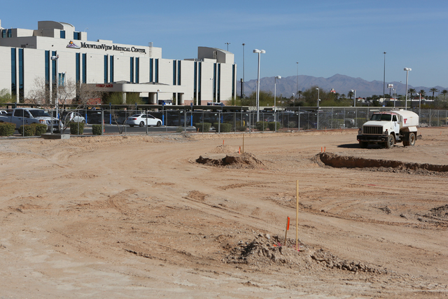 Construction of a medical office building is underway adjacent to Mountain View Hospital in Las Vegas. The $90 million project is expected to be open next year. Ronda Churchill/Southern Nevada Bus ...