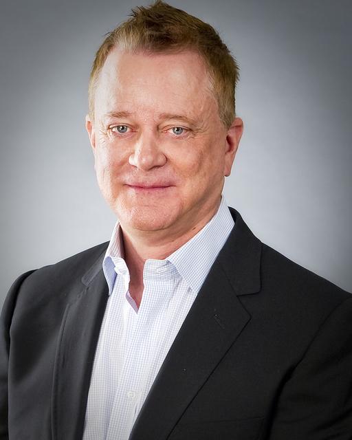 Bruce Hiatt  Owner, Luxury Realty Group