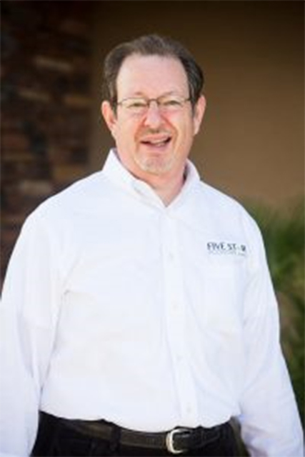 Five Star Economy, a digital marketing agency, has hired Larry Goldstein as sales director. Goldstein will represent the company's sales division, meet with potential customers, oversee the deve ...