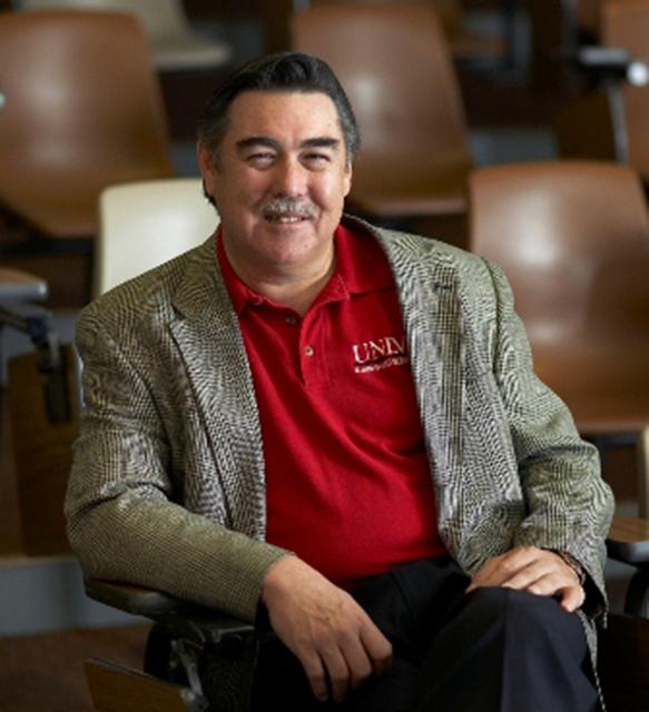 Lee Business School names outstanding graduates as Alumnus of the Year: James Ratigan
