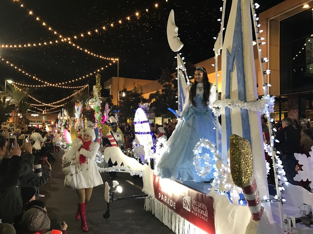 Downtown Summerlin hosts its annual holiday parade Friday and Saturday nights, Nov. 18-Dec. 10. Malls and shopping centers are increasingly employing entertainment offering to attract shoppers. Ph ...
