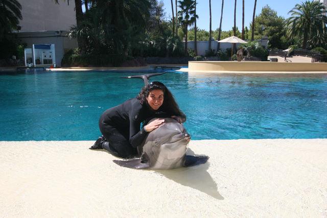 Calanit Atia makes a new friend at The Mirage.