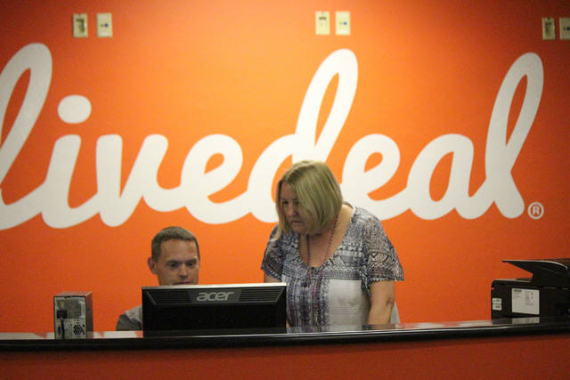 Jeffrey Meehan/Las Vegas Business Press Staffers greet visitors at the front desk of Live Ventures in Las Vegas.