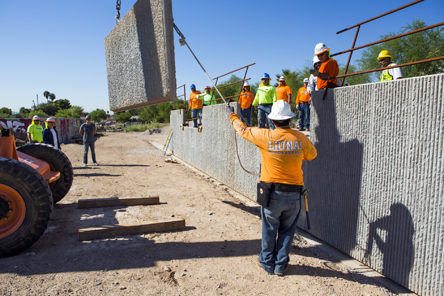 Workers conduct a retaining wall training class at Laborers Local 872 training center on Monday, Aug. 29, 2016. Nevada Department of Transportation, Kiewit Infrastructure West Company and Laborers ...