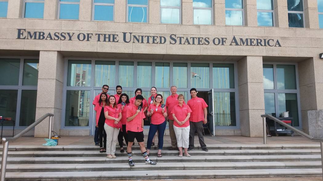 Class and professor Janet Runge stand at the U.S. Embassy in Havana, Cuba. (Anthony Guttman/UNLV student)