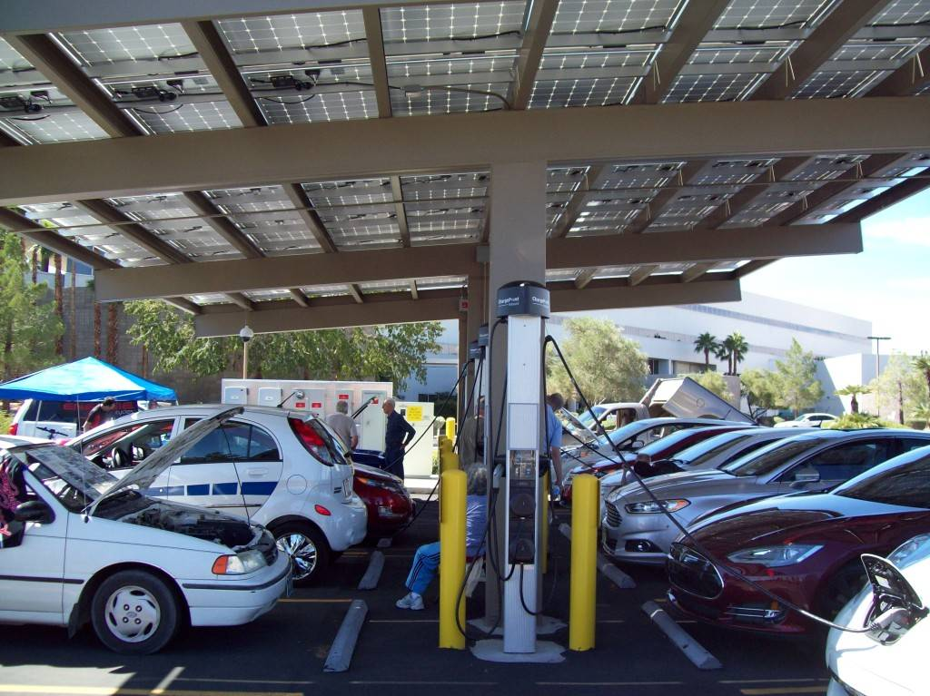 Stan Hanel/Las Vegas Business Press NV Energy has installed SAE J1772 AC Level 2 charging stations at its corporate campus in Las Vegas that provide electricity at no cost to electric car owners.