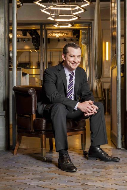 Kevin Sweet, The Cosmopolitan of Las Vegas