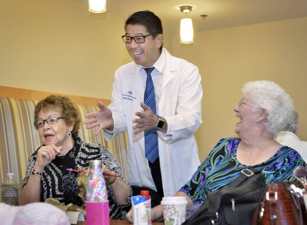Dr. Sam Bauzon, medical director for Southwest Medical Lifestyle Centers, talks with Nelsy Skreta, left, and Janet Jones at the Southwest Medical Lifestyle Center West at  8670 W. Cheyenne Ave. on ...