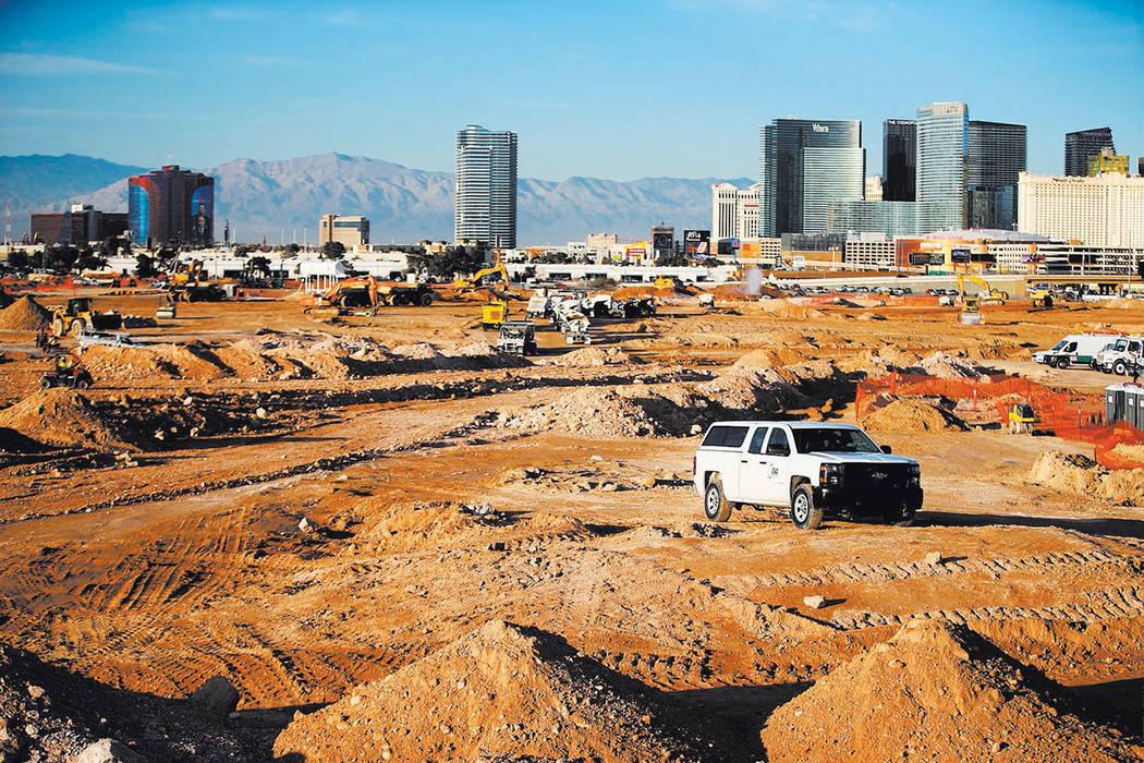 The site of the future Raiders football stadium in Las Vegas. (Erik Verduzco Las Vegas Business Press)
