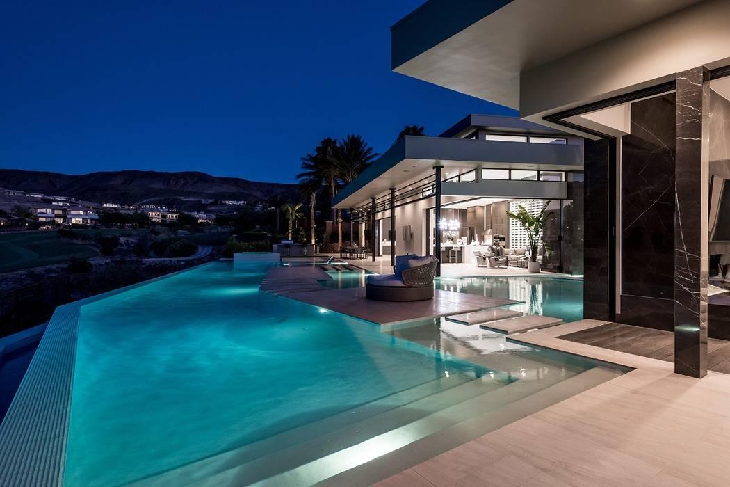 Las Vegas custom homebuilder Sun West Custom Homes won the Best Custom Home this year at the Silver Nugget Awards. (Sun West Custom Homes)
