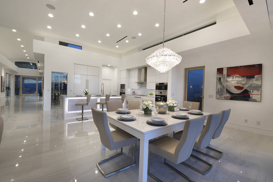 This 5,000-square foot MacDonald Highlands home features a modern kitchen. (Synergy Sotheby's International Realty)