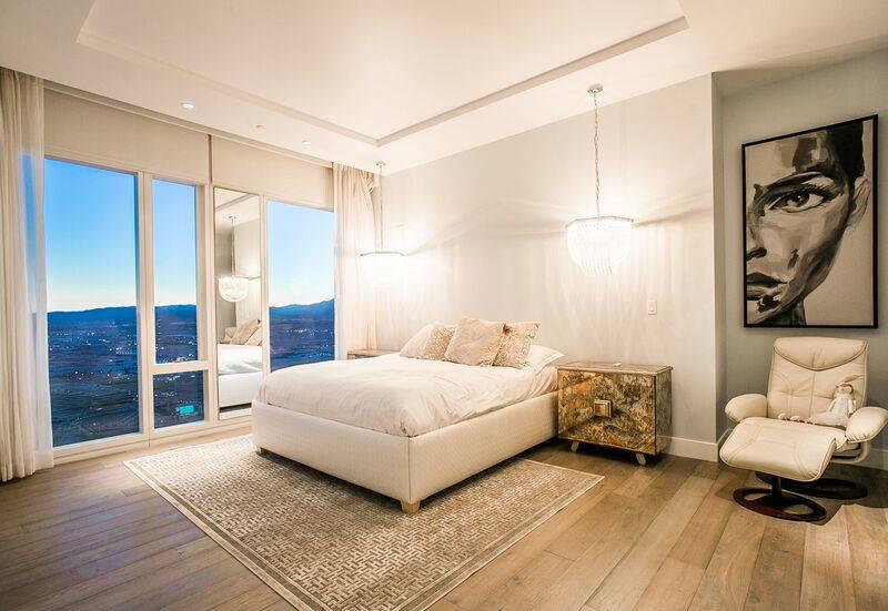 This $3.65M Waldorf Astoria penthouse has dual master suites. (Waldorf Astoria)