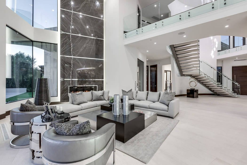 45 Painted Feather in The Ridges in Summerlin sold for $8.9M. (Luxurious Real Estate)