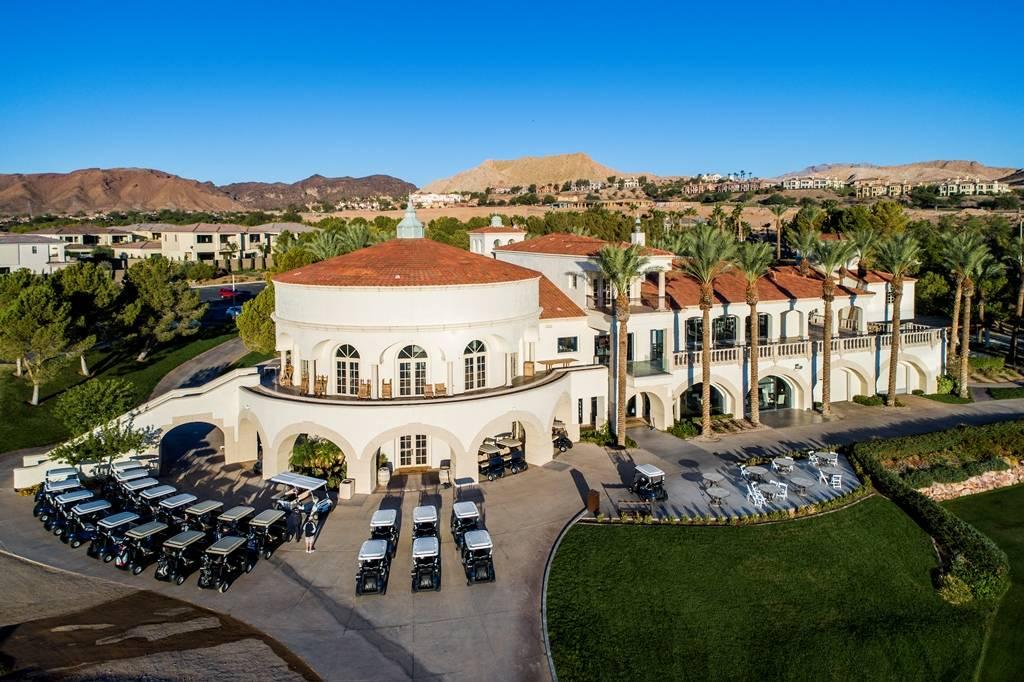 Reflection Bay Golf Club at Lake Las Vegas offers dining and golfing. (Lake Las Vegas)