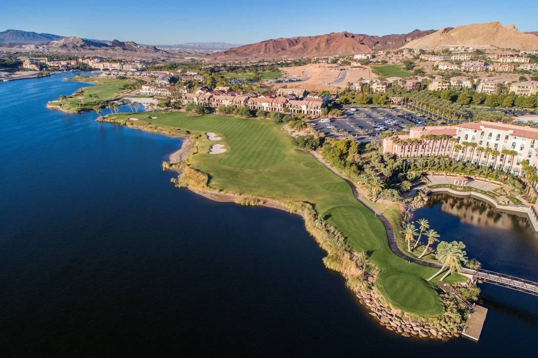 The Reflection Bay Golf Club runs along Lake Las Vegas. (Lake Las Vegas)