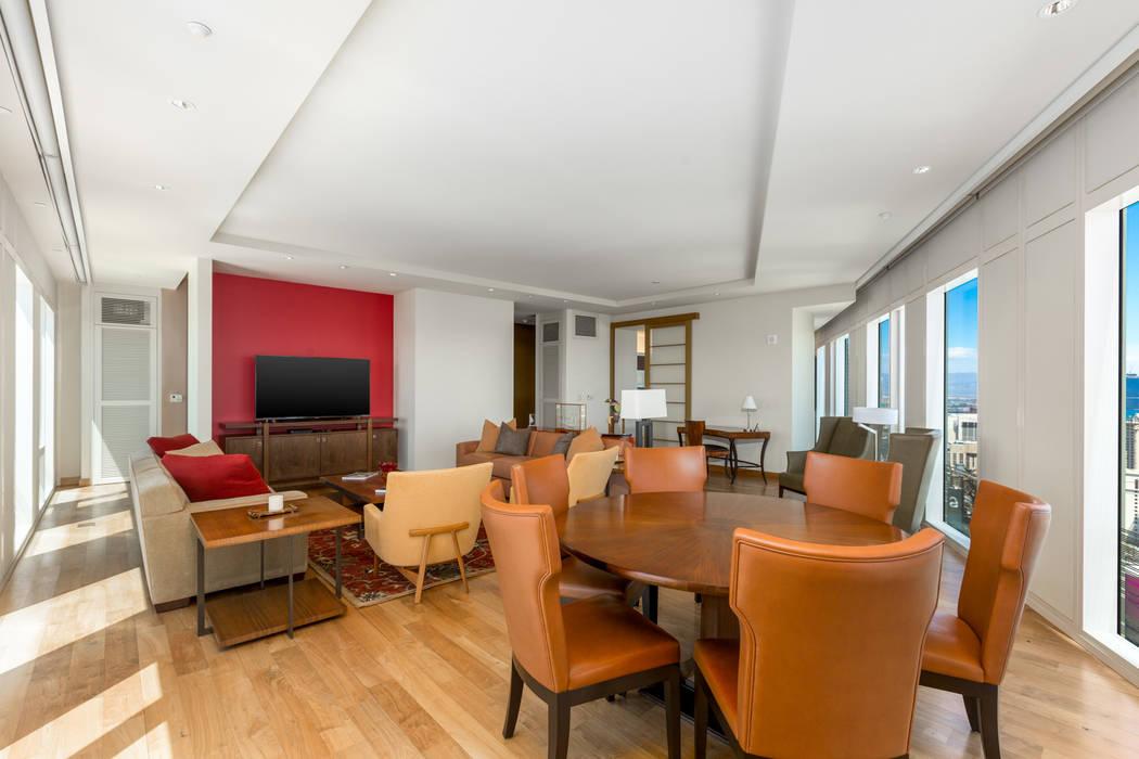 Unit 3604 in Waldorf Astoria has a modern design.( Luxury Estates International)
