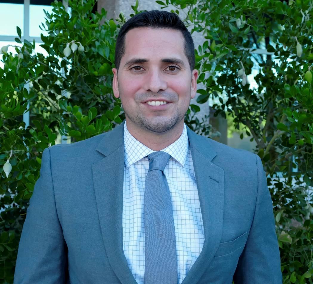 Omar Saucedo , AT&T welcomes
