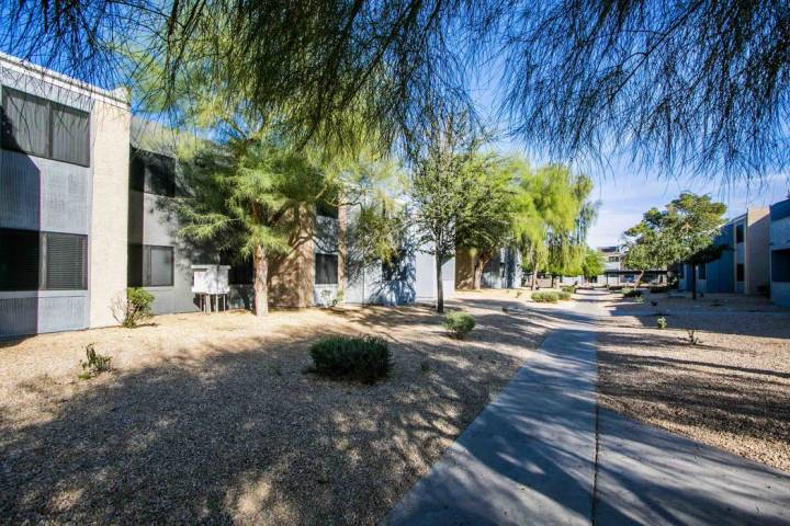 Five89 Apartments, a 312-unit multifamily complex, has sold for $32.5 million. (Five89 Apartments)