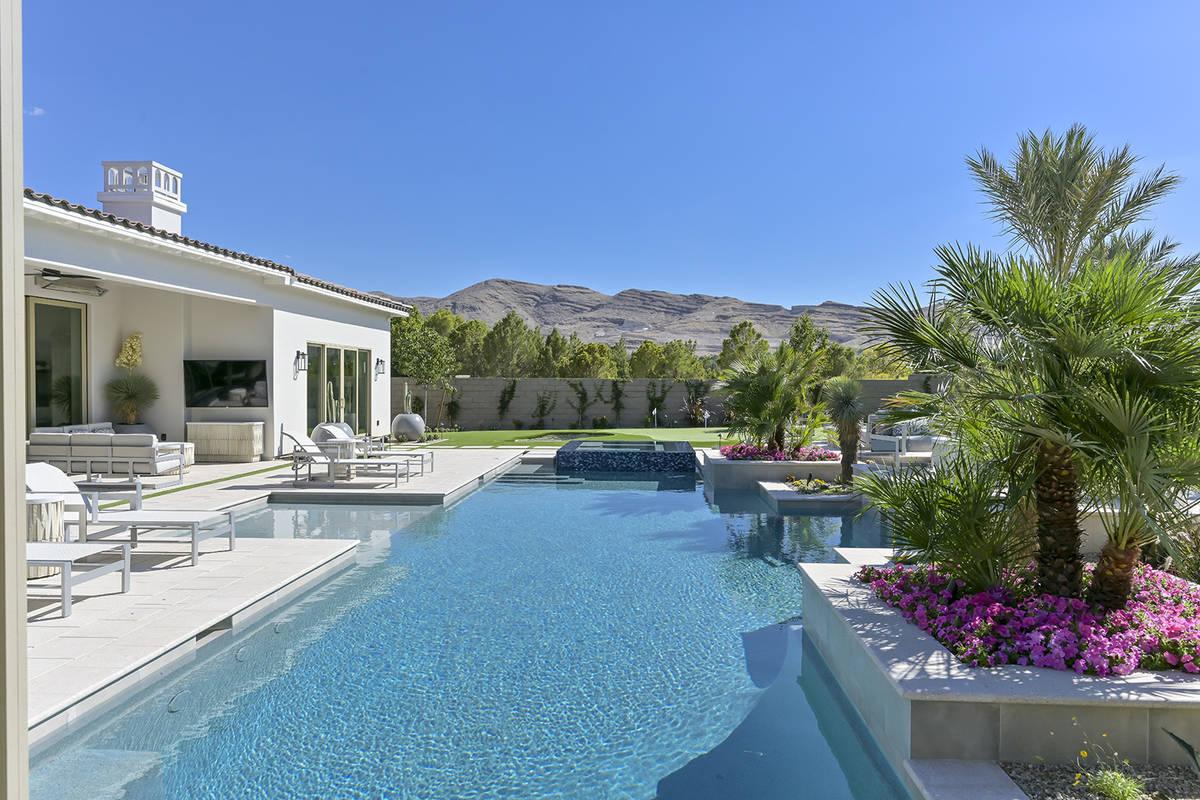 The pool. (Nartey/Wilner Group, Simply Vegas)