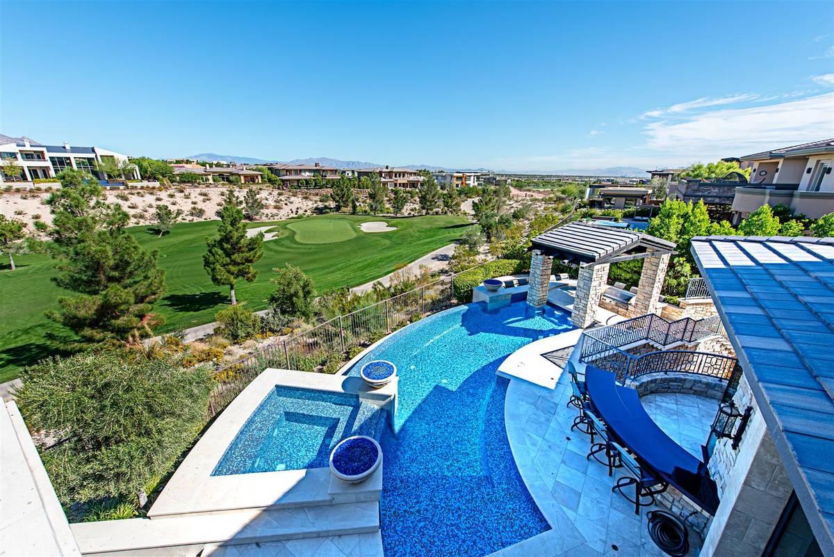 Former Major League Baseball player Aaron Rowand sold his Summerlin home. (Simply Vegas)