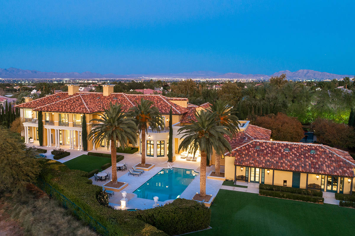 Former casino magnate Steve Wynn has placed his home, dubbed Museo, on the market for $25 milli ...