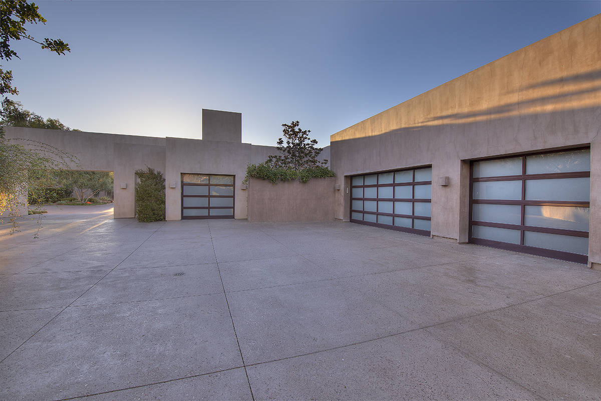 The garage. (Synergy Sotheby's International Realty)