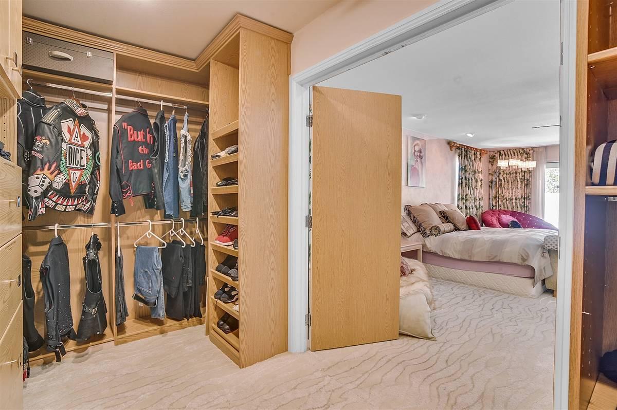 The closet. (Nartey Wilner Group)