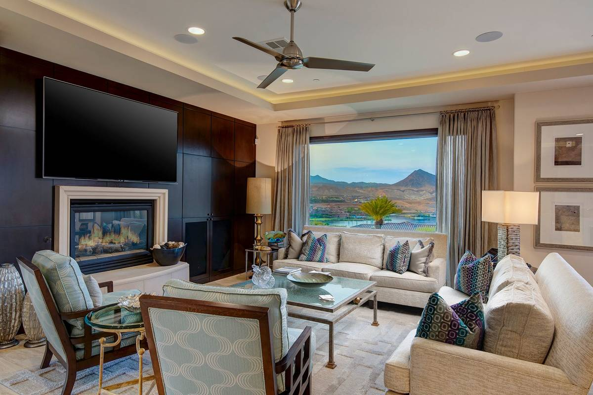 The den. (Synergy Sotheby's International Realty)