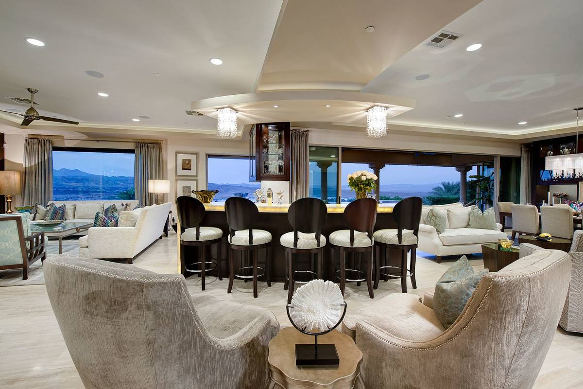 The living area. (Synergy Sotheby's International Realty)