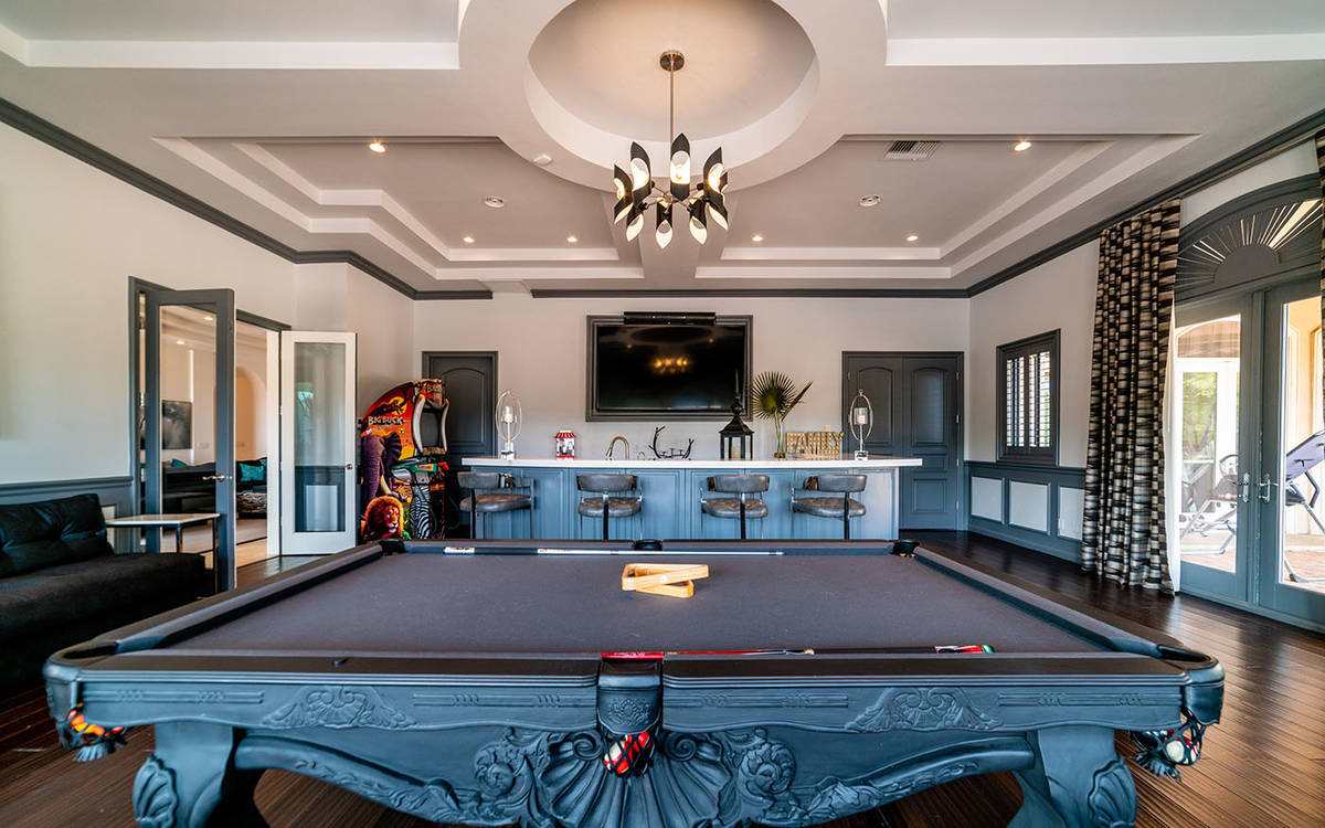 The game room. (Luxurious Real Estate)