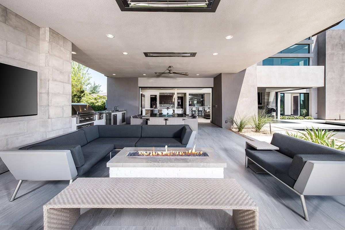 The patio. (Simply Vegas)