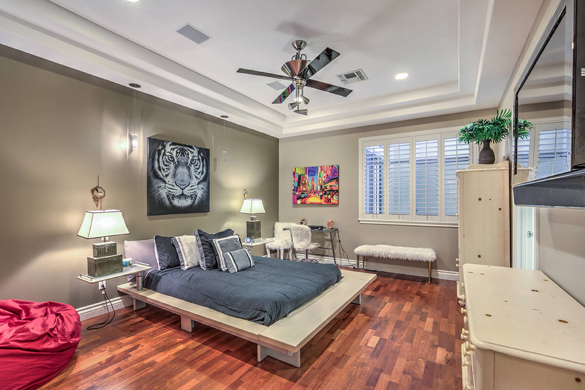 Secondary bedroom. (Mark Wiley Group)