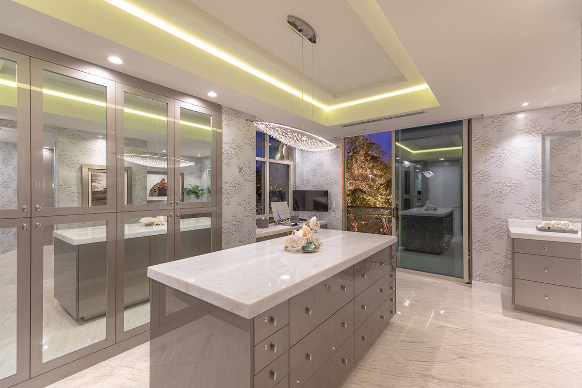 (Char Luxury Real Estate)