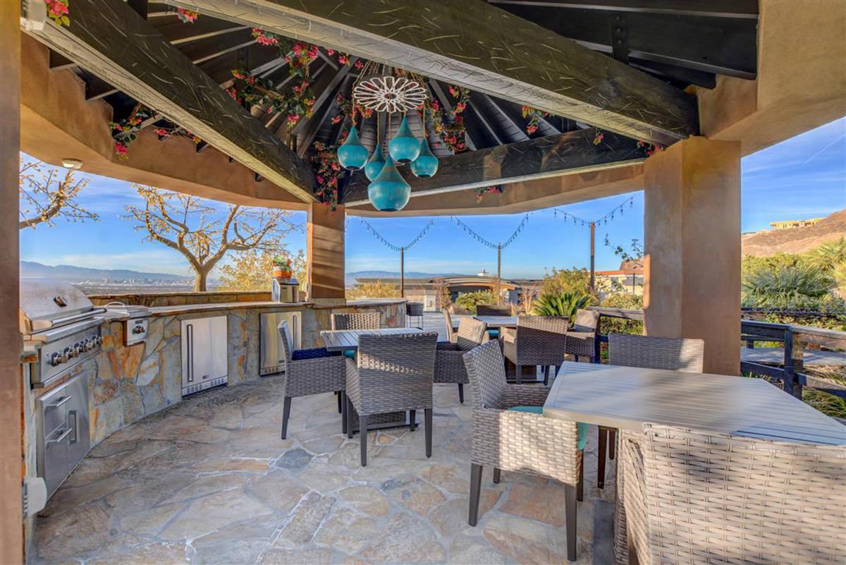 The outdoor kitchen. (Keller Williams)