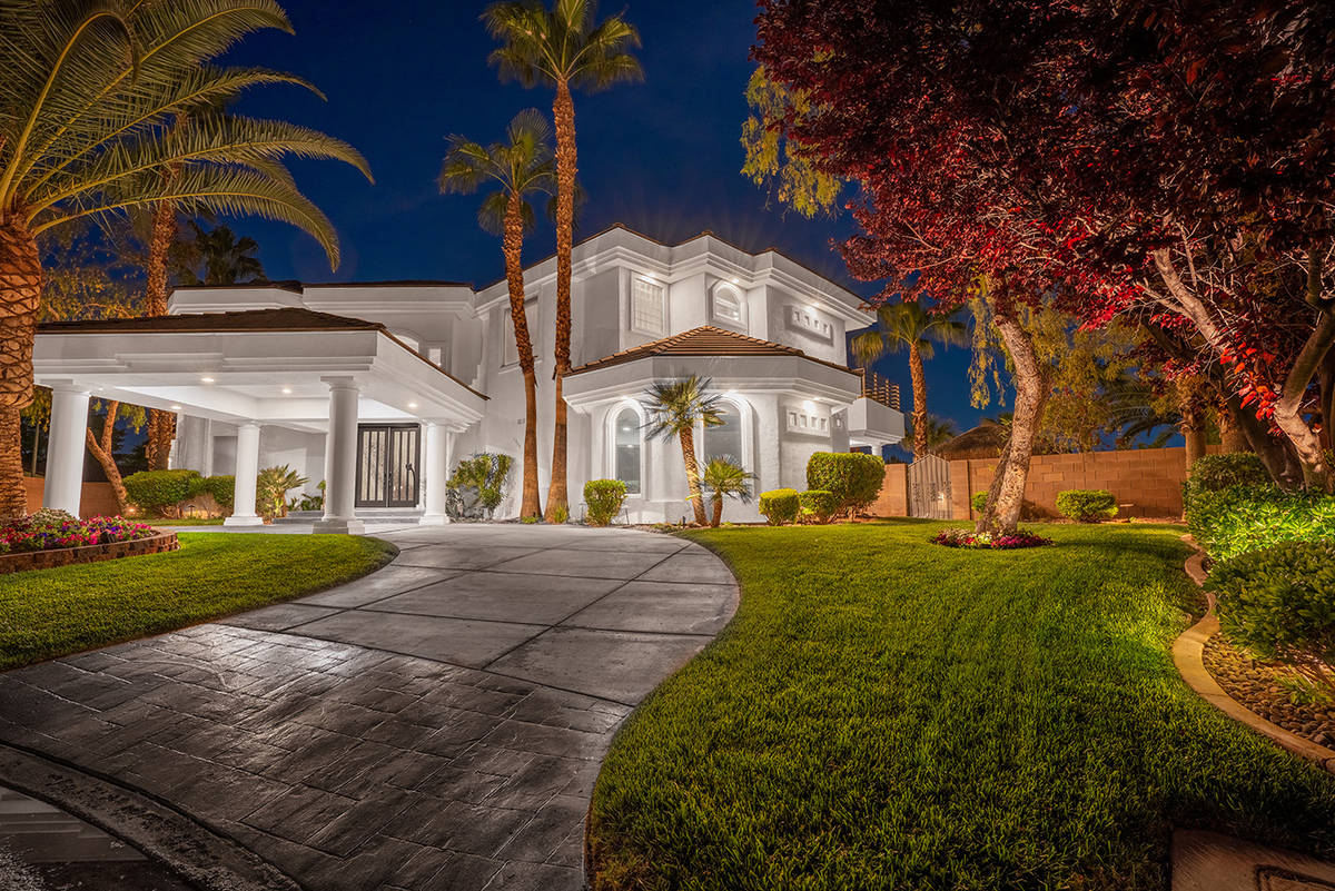 This home at 2000 Bogart Court has been listed for $2.125 million. (Michael Zelina Red Luxury)