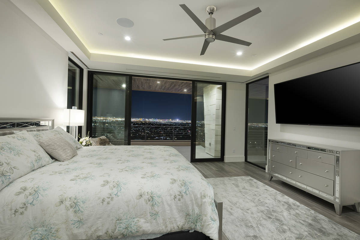 A guest bedroom. (Kristen Routh-Silberman)