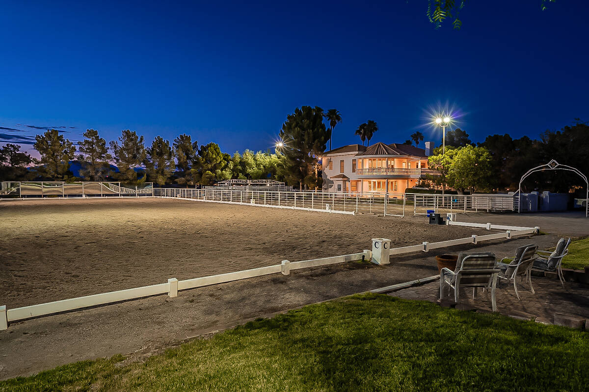 Olympic-sized dressage arena has a training area. (BHHS)