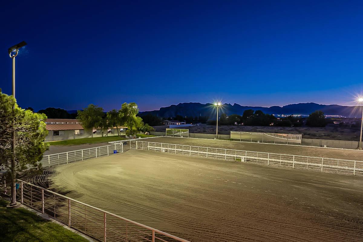 The arena has a commercial grade mercury vapor lighting system. (BHHS)